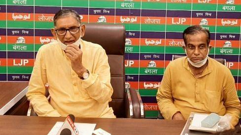 LJP के प्रदेश अध्यक्ष श्री मणिशंकर पांडये जी ने बस्ती के पीड़ितों को 50-50 लाख मुआवजा देने की मांग की