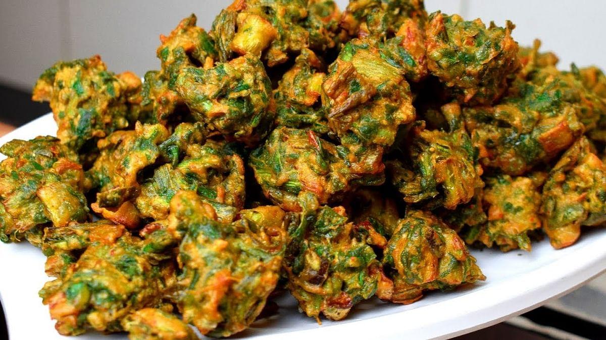 Recipe: Moong dal Pakodi (मूंगदाल पकौड़ी)