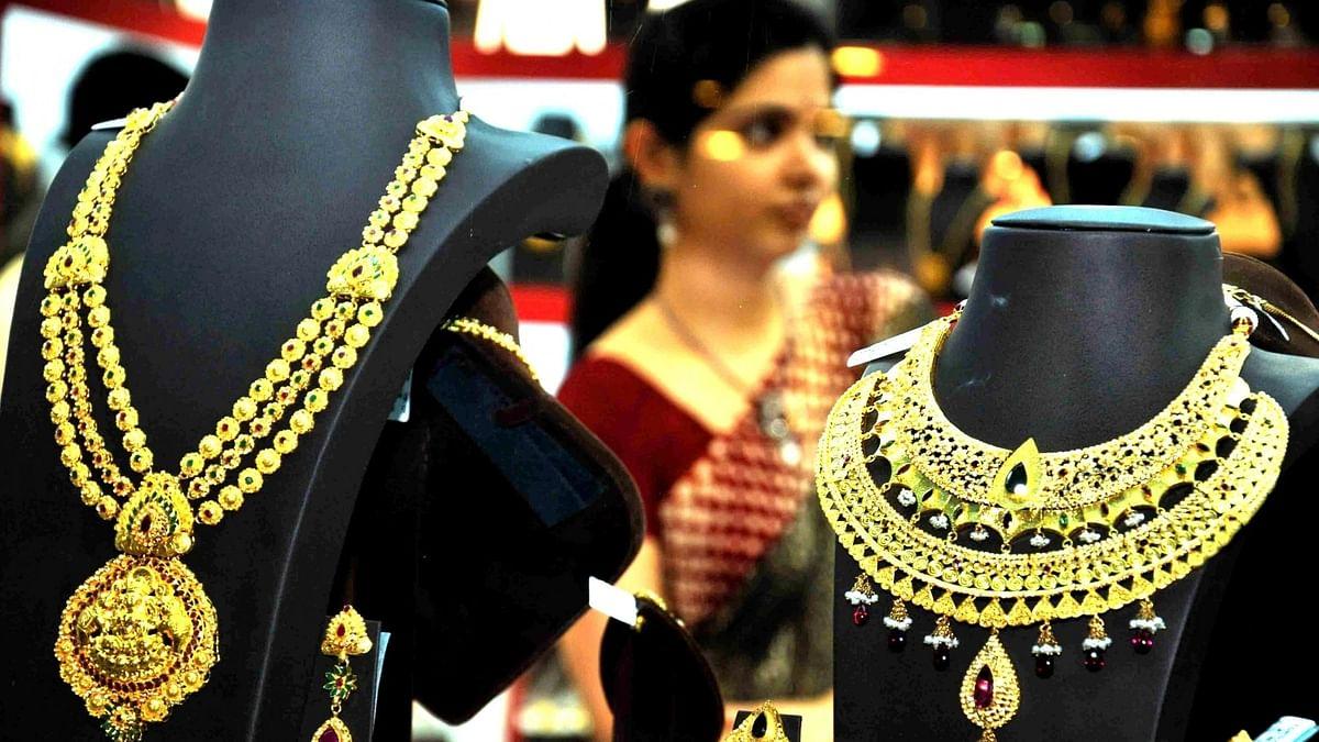 अप्रैल-जून में भारत में सोने के आयात में उछाल, चांदी का आयात में आई कमी