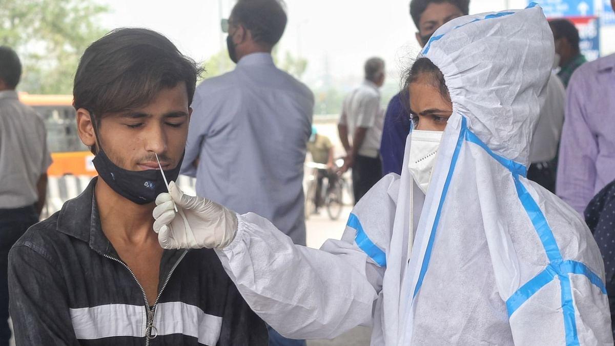भारत में कोरोना के 35 हजार से कम नए मामले दर्ज, 550 से ज्यादा मौतें