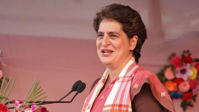 प्रियंका का यूपी दौरा: आज लखीमपुर में पंचायत चुनाव में प्रताड़ित महिलाओं से करेंगी मुलाकात
