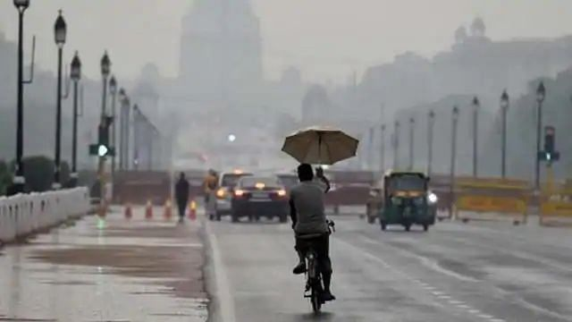 दिल्ली-NCR में लंबे समय के बाद हुई बारिश, गर्मी से मिली राहत