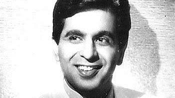 प्रसिद्ध अभिनेता दिलीप कुमार के निधन पर मुख्यमंत्री योगी, केशव, अखिलेश, मायावती ने दी श्रद्धाजंलि