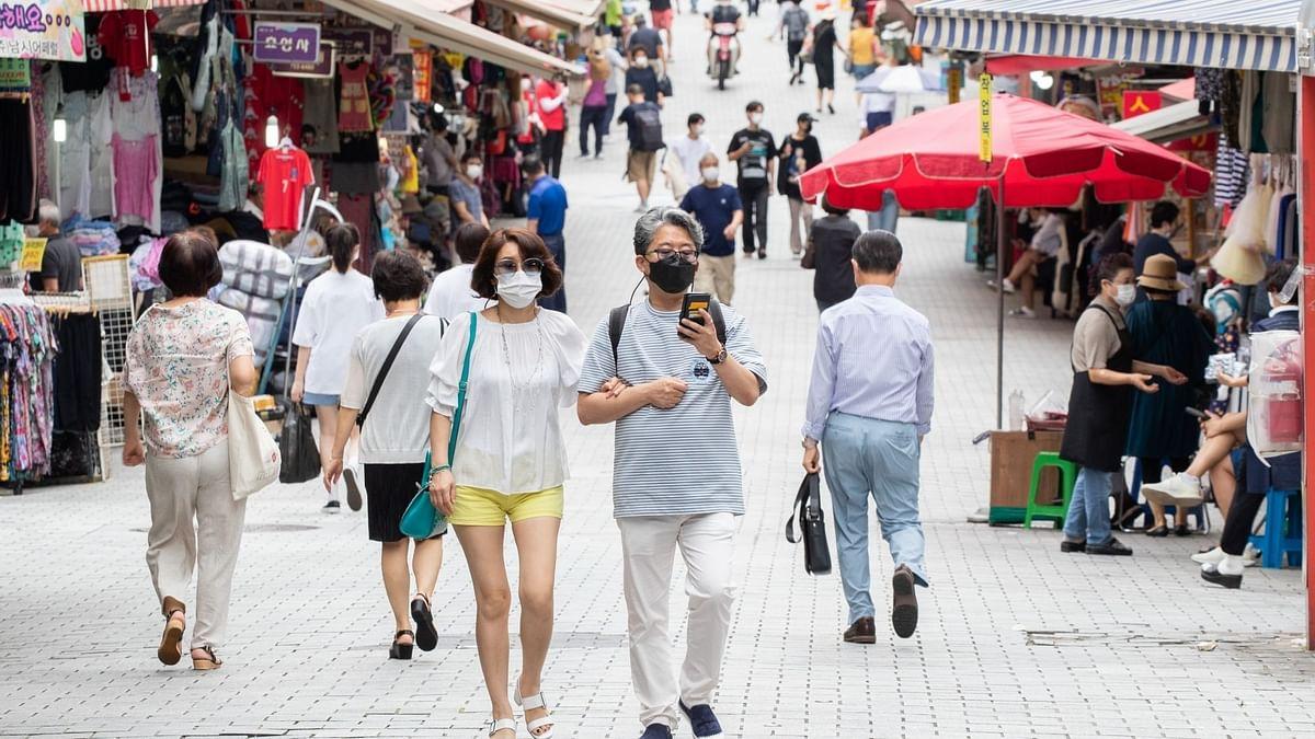 साउथ कोरिया में पूरी तरह से टीकाकरण के बावजूद 81 लोग संक्रमित