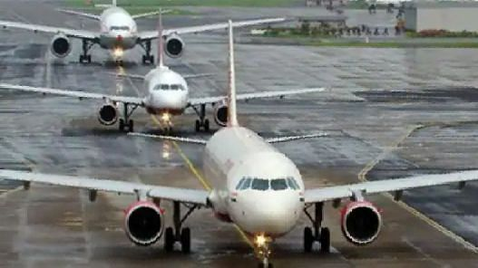 नोएडा अंतर्राष्ट्रीय हवाईअड्डे के विकास के लिए शेयरधारक समझौता