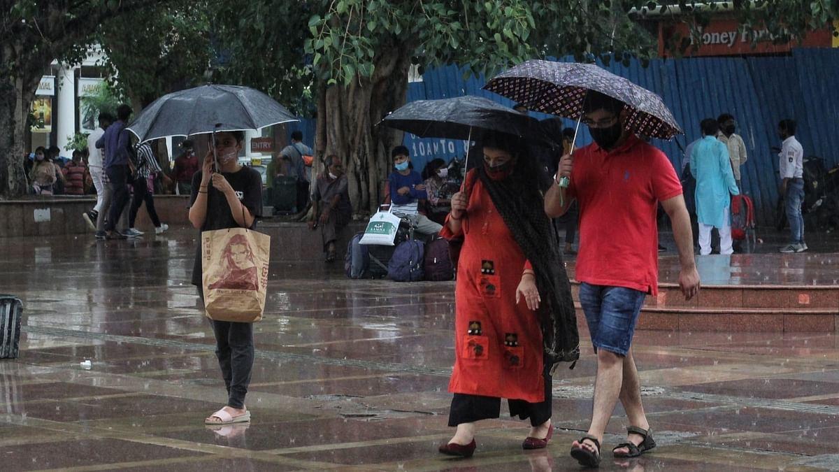 मंगलवार को दिल्ली समेत पूरे देश में दिखा मानसून का असर