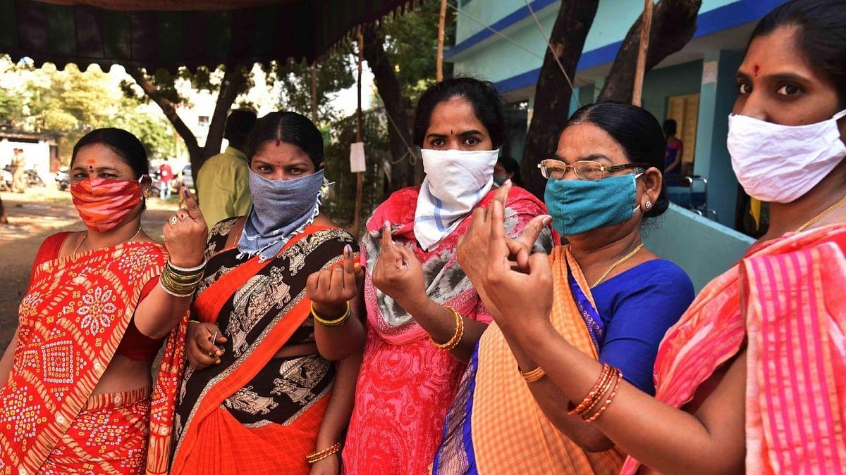 यूपी पंचायत चुनाव में महिला विजेताओं ने पुरुषों को पछाड़ा