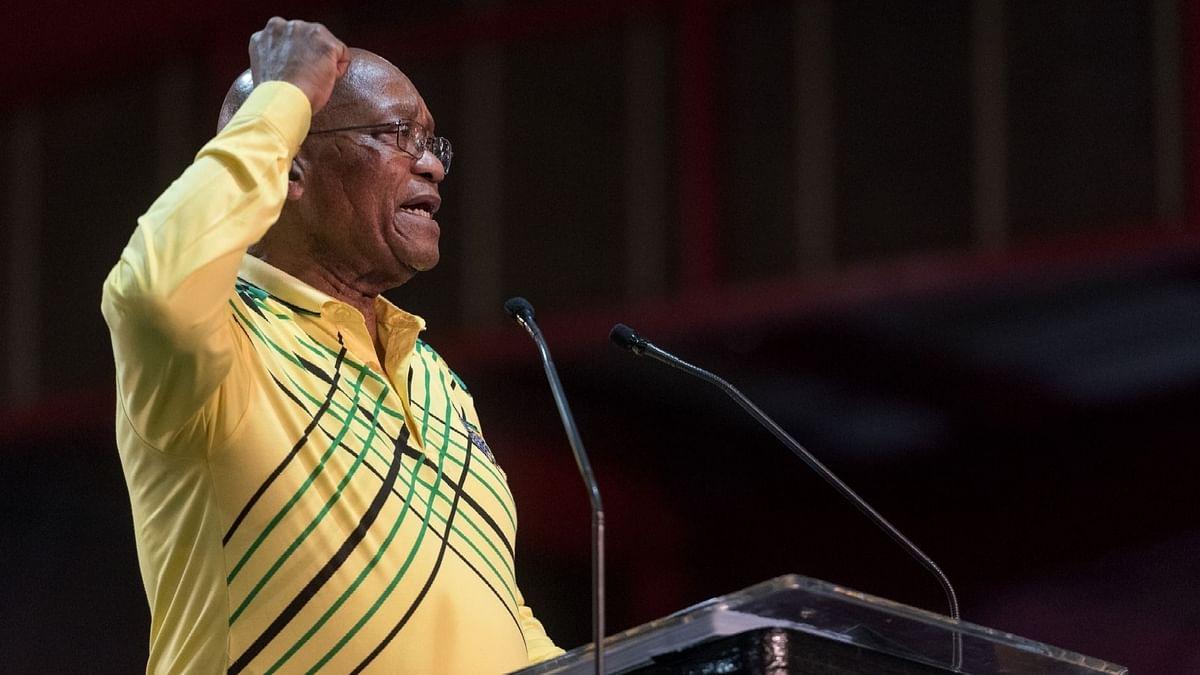 कोर्ट ने दक्षिण अफ्रीका के पूर्व राष्ट्रपति के जेल से बाहर रहने के प्रयास को खारिज किया