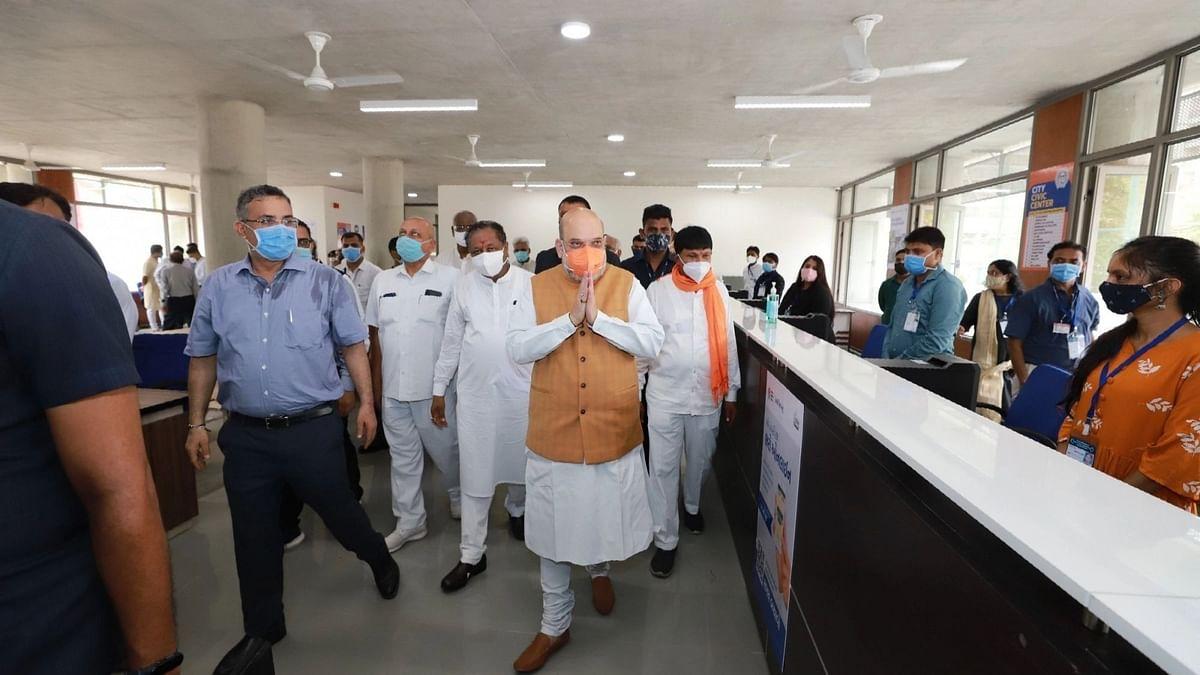 अहमदाबाद पुलिस ने शाह के दौरे के दौरान लोगों से खिड़कियां, दरवाजे बंद करने को कहा