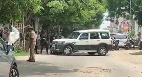 लखनऊ में अलकायदा के दो आतंकी गिरफ्तार, विस्फोटक बरामद