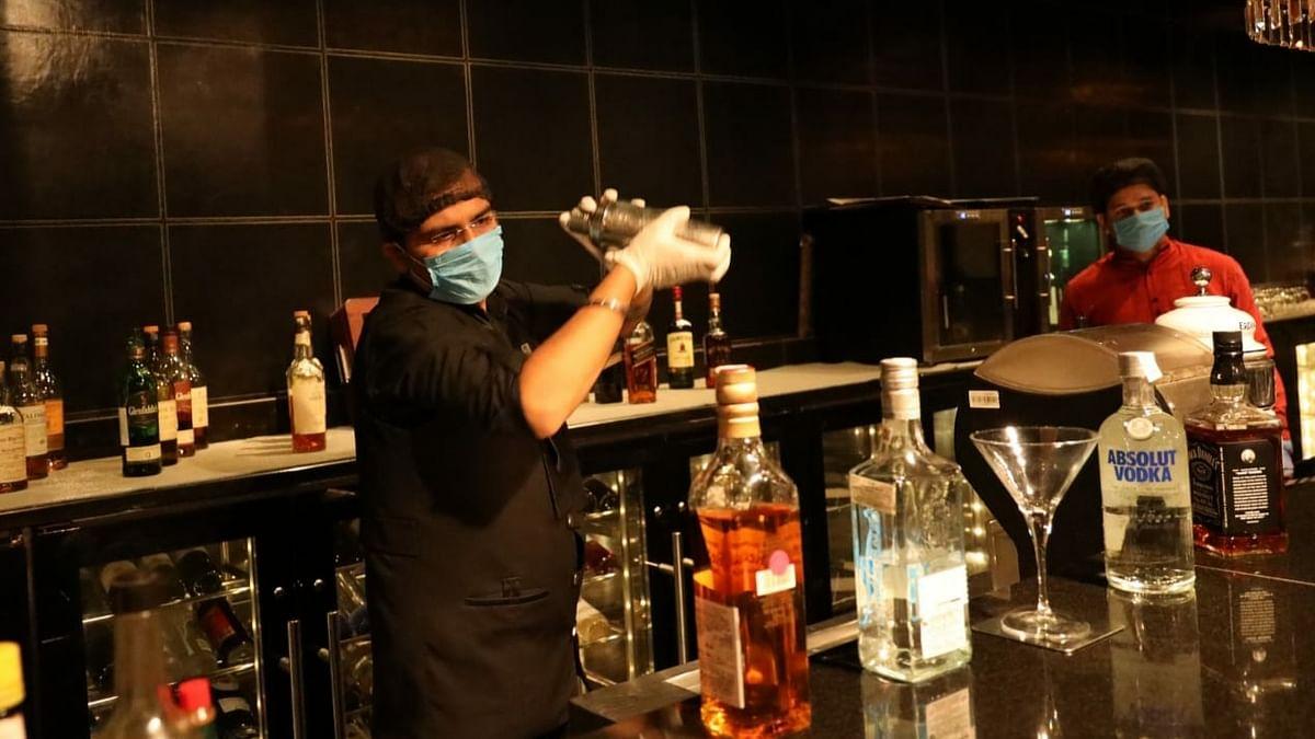 हरियाणा सरकार ने बार, रेस्तरां का समय बढ़ाया