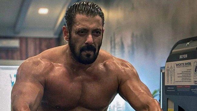 सलमान खान ने 'टाइगर 3' की ट्रेनिंग का वीडियो पोस्ट किया