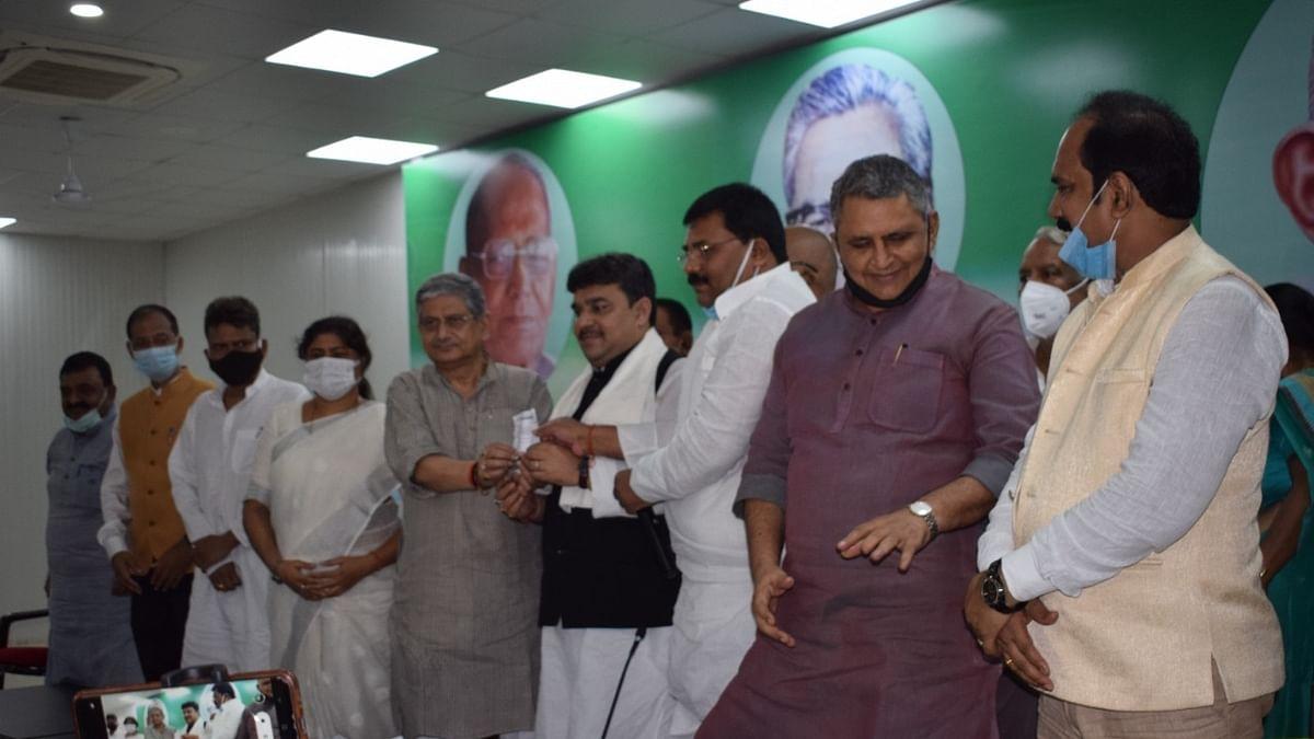 बिहार: पूर्व विधायक मंजीत सिंह फिर से जदयू में शामिल