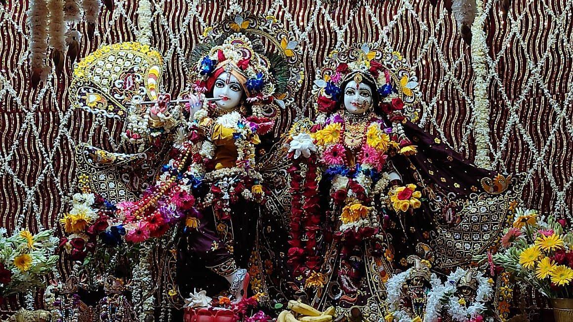 LIVE: घर बैठे देखिये Iskcon Temple लखनऊ जन्माष्टमी महामहोत्सव के पावन पर्व को, करें इस Link पर क्लिक
