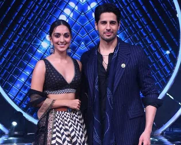 Indian Idol 12 Finale :  कियारा आडवाणी संग ठुमके लगाएंगे पवनदीप राजन, देखते रह गए सिद्धार्थ मल्होत्रा