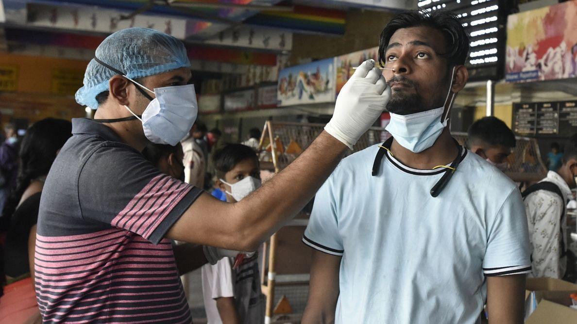 Covid-19: भारत में 42,766 नए कोविड मामले दर्ज, केरल में लगातार मामलों में उछाल जारी