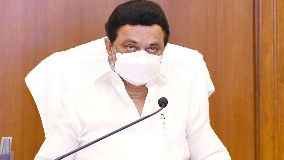 NEET की परीक्षा में रोक लगाने के लिए तमिलनाडु विधानसभा में पेश किया गया बिल