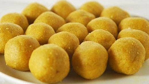 Recipe: Besan Laddu (बेसन का लड्डू)