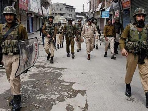 जम्मू-कश्मीर के पुंछ में आतंकी मॉड्यूल का भंडाफोड़, 3 गिरफ्तार