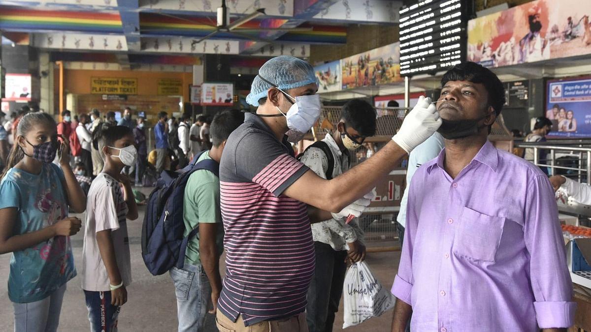 Covid-19 updates: भारत में कोरोना के 42,618 नए मामले, 330 मौतें