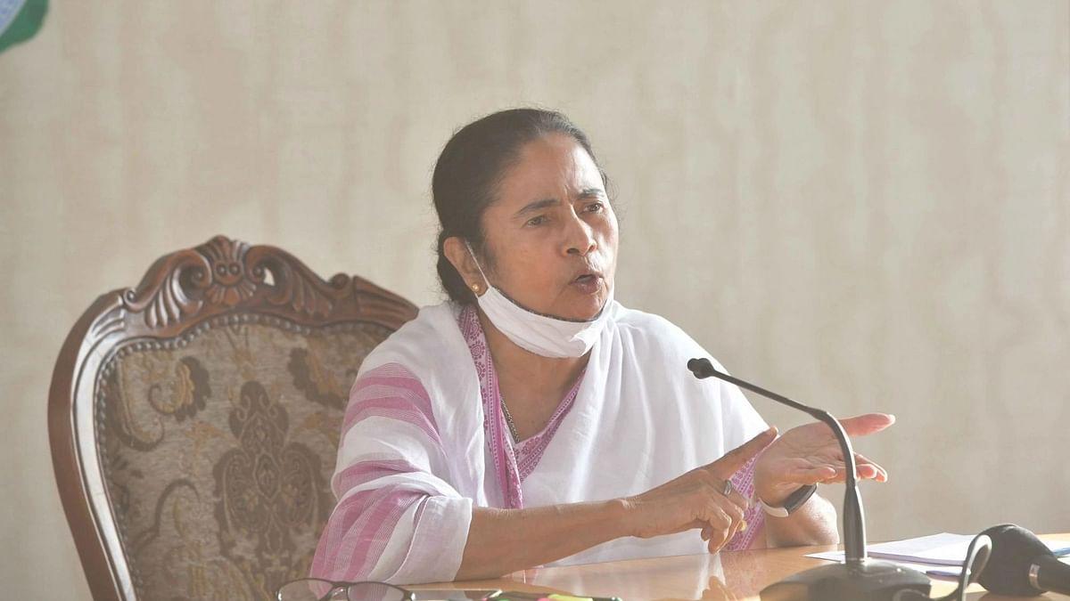 पश्चिम बंगाल: भाजपा की चुनाव आयोग से शिकायत, ममता ने हलफनामे में तथ्यों को छुपाया