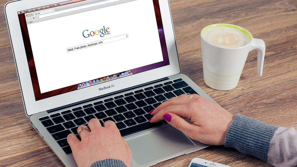 Chromebook के लिए ' ह्यूमन प्रेजेंस सेंसर' पर काम कर रहा है गूगल :रिपोर्ट