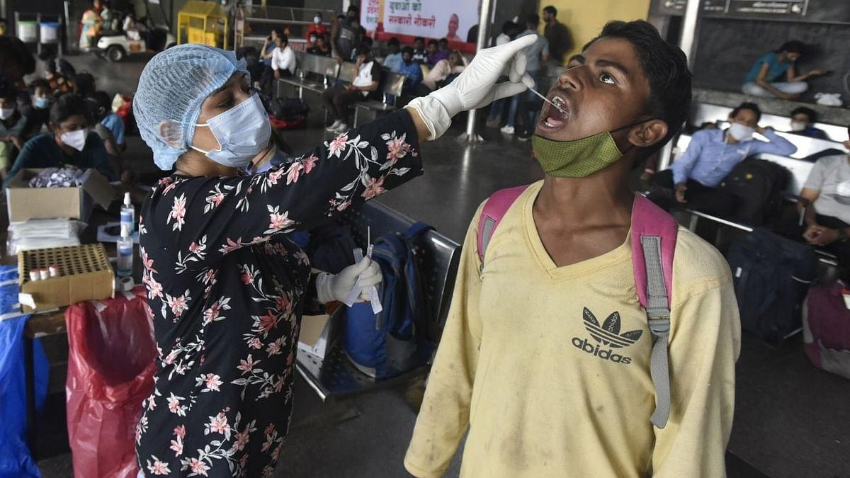 Covid-19 Updates: भारत में कोरोना संक्रमण के 45,352 नए मामले, 366 लोगों की मौत