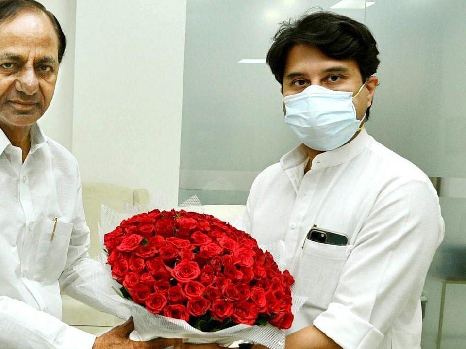 सिंधिया ने हैदराबाद हवाई अड्डे के विस्तार के लिए समर्थन का आश्वासन दिया