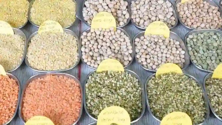 पाकिस्तान का सारा ध्यान अफगानिस्तान पर केंद्रित, चरमराई अर्थव्यवस्था