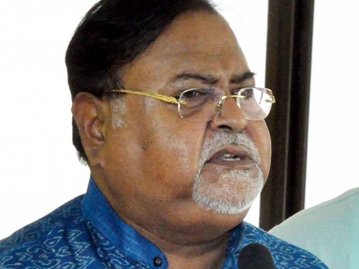 पश्चिम बंगाल: आई-कोर चिटफंड मामले में सीबीआई ने पार्थ चटर्जी से की पूछताछ