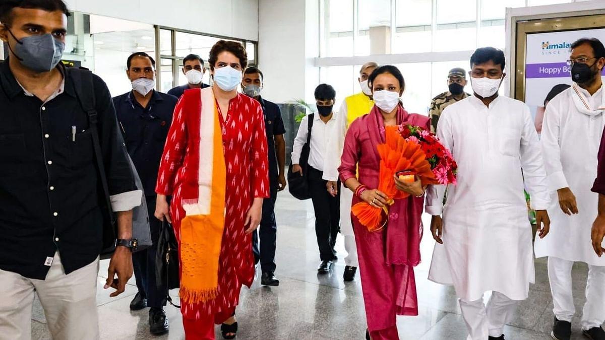 उत्तर प्रदेश: दो दिवसीय दौरे पर लखनऊ पहुंची प्रियंका गांधी