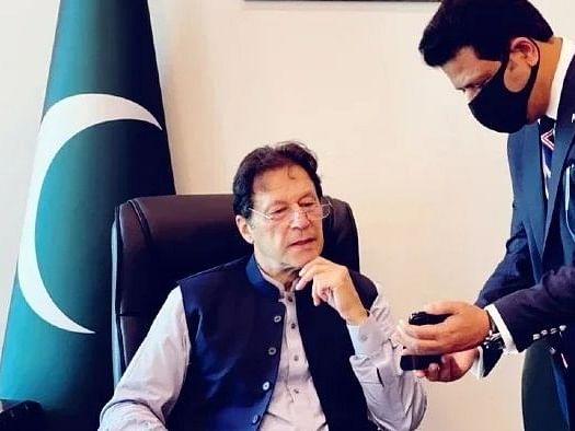 इमरान खान को पाकिस्तान के लोगों ने नहीं चुना, वह एक कठपुतली हैं : तालिबान