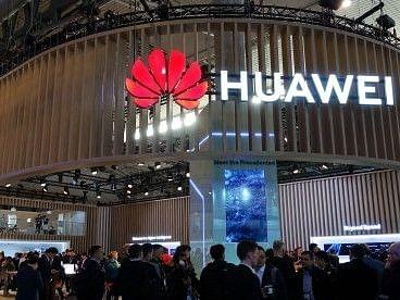 Huawei रोलेबल डिस्प्ले वाले स्मार्टफोन पर कर रहा है काम