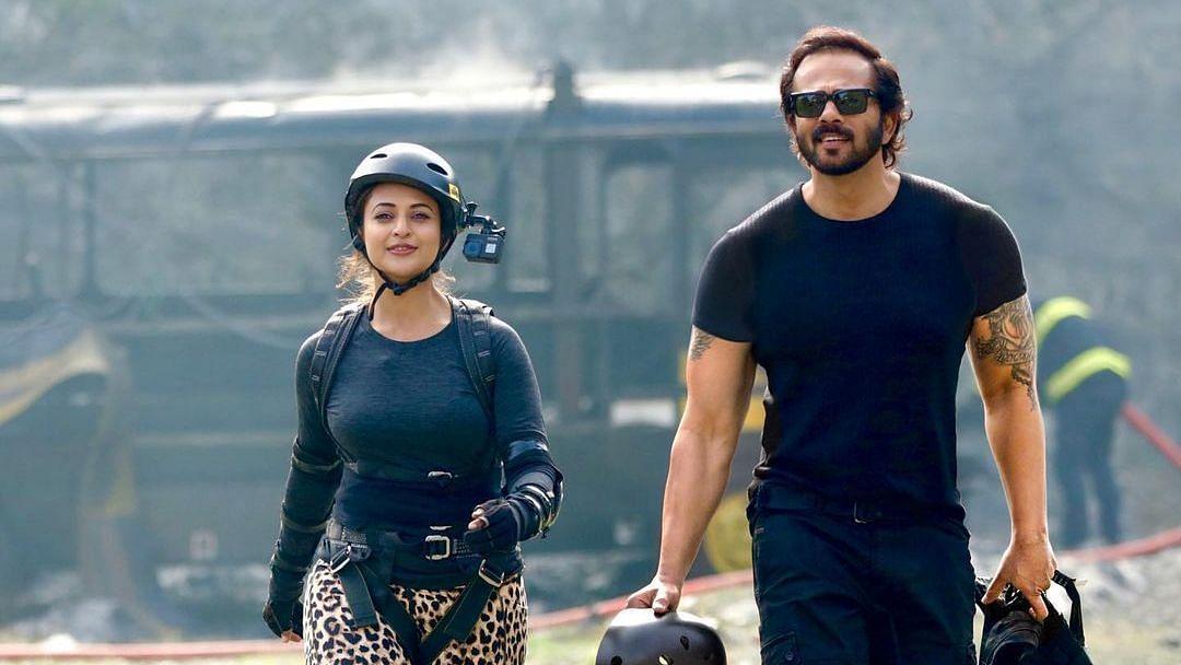 अभिनेत्री दिव्यांका त्रिपाठी ने 'खतरों के खिलाड़ी 11' में जो सीखा, उसके लिए रोहित शेट्टी को धन्यवाद दिया