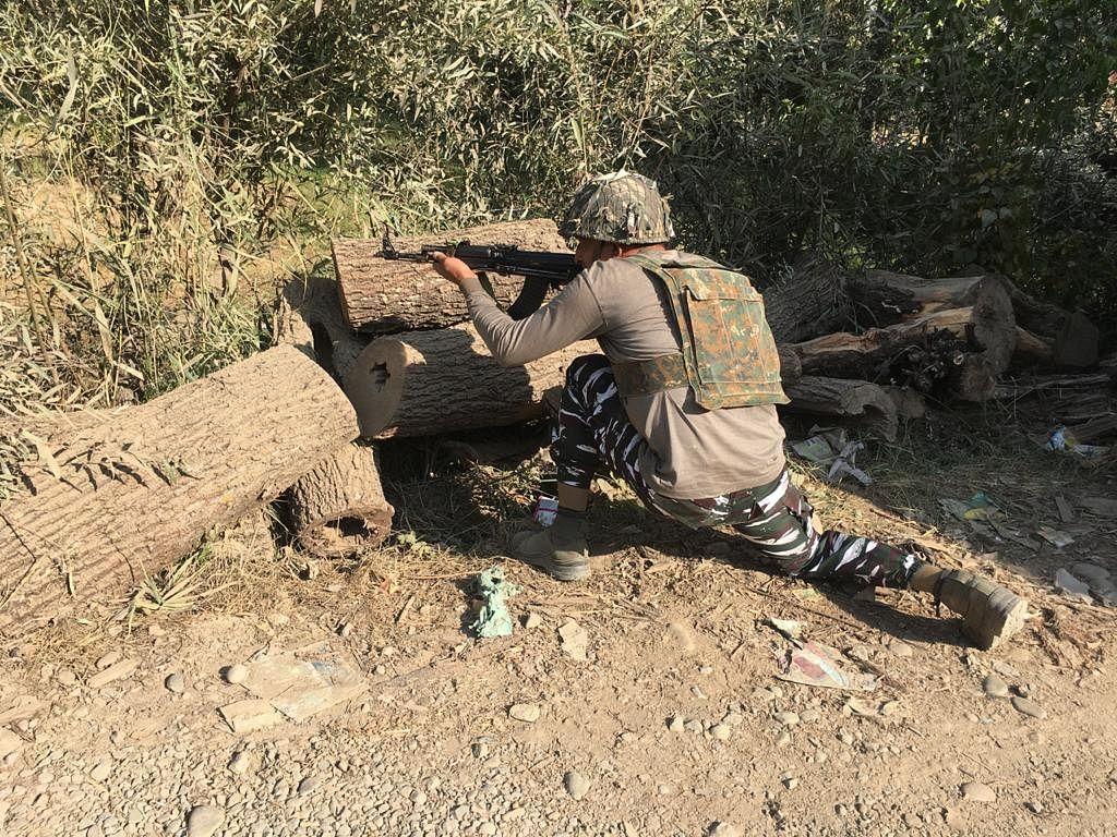 जम्मू-कश्मीर के बांदीपोरा में हुए मुठभेड़ में 2 आतंकवादी ढेर