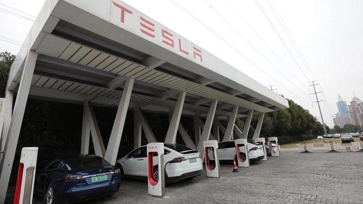भारत की सड़कों के लिए Tesla के चार मॉडल को मंजूरी