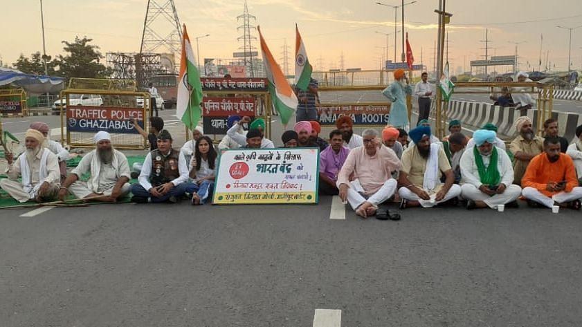 उत्तर प्रदेश: कृषि कानून के विरोध में आज भारत बंद , विपक्षी दलों का समर्थन, प्रशासन अलर्ट