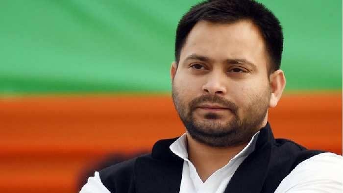 बिहार में स्थापित हो पूर्व केंद्रीय मंत्री रामविलास, और रघुवंश की प्रतिमा : तेजस्वी