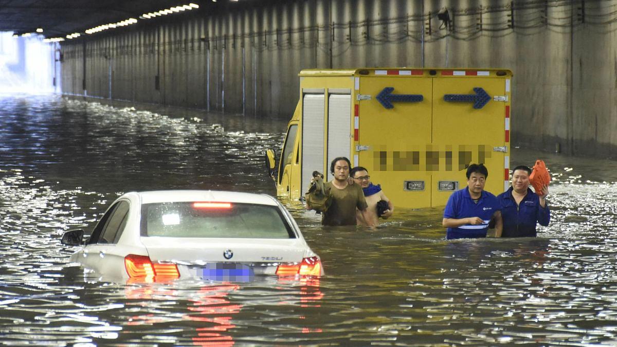 बीजिंग में बाढ़ के मौसम में हुई बारिश ने तोड़ा 20 साल का रिकॉर्ड
