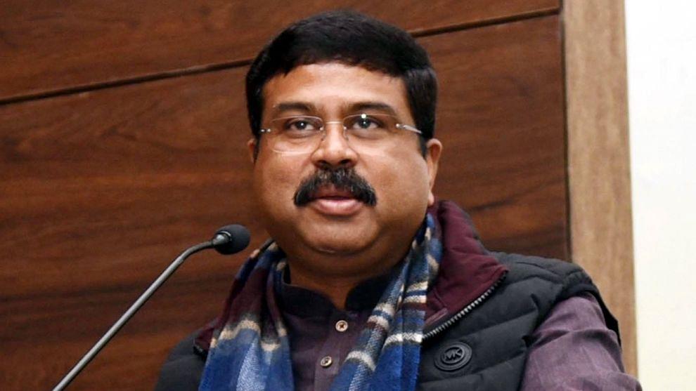 केंद्रीय शिक्षा मंत्री धर्मेन्द्र प्रधान बोले, दुनिया के भीतर भारत को बड़ी ताकत बनाने के लिए मोदी-योगी जरूरी
