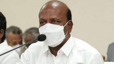 तमिलनाडु के मंत्री ने रविवार को मेगा कैंप में जनता से टीकाकरण कराने का किया अनुरोध