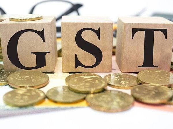 ईंधन की कीमतों को GST के दायरे में लाने पर कर्नाटक सरकार को आपत्ति
