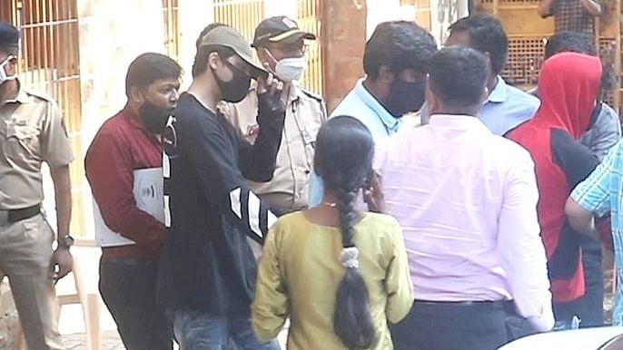 Drugs in Bollywood: आर्यन खान, अरबाज और मुनमुन को 1 दिन की NCB कस्टडी, आज होगी सुनवाई