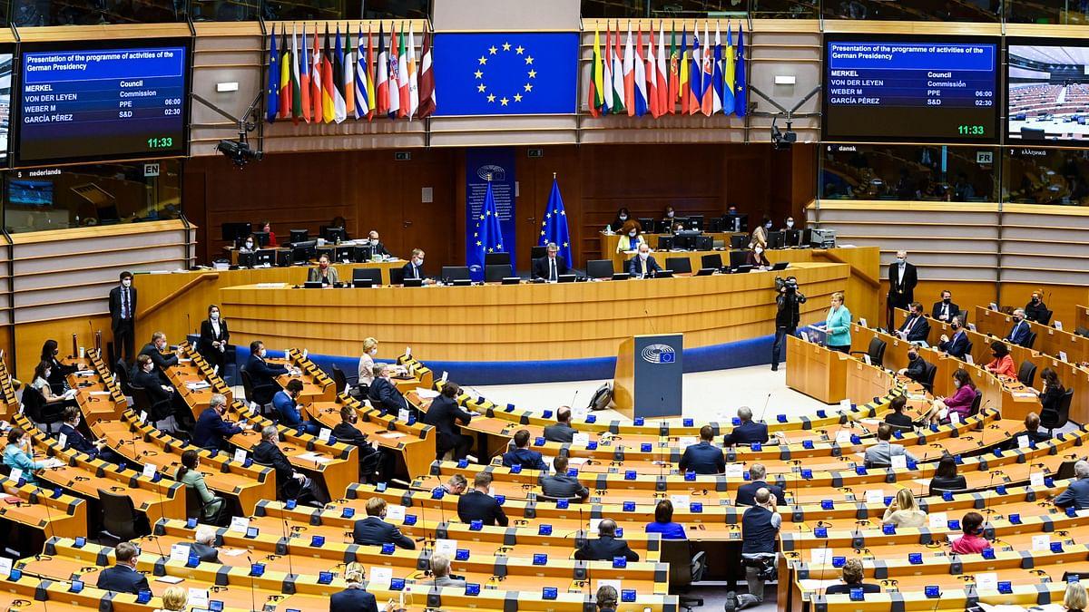 यूरोपीय संसद के सदस्य ने यूरोपीय संघ-अमेरिका के संबंधों पर उठाए सवाल