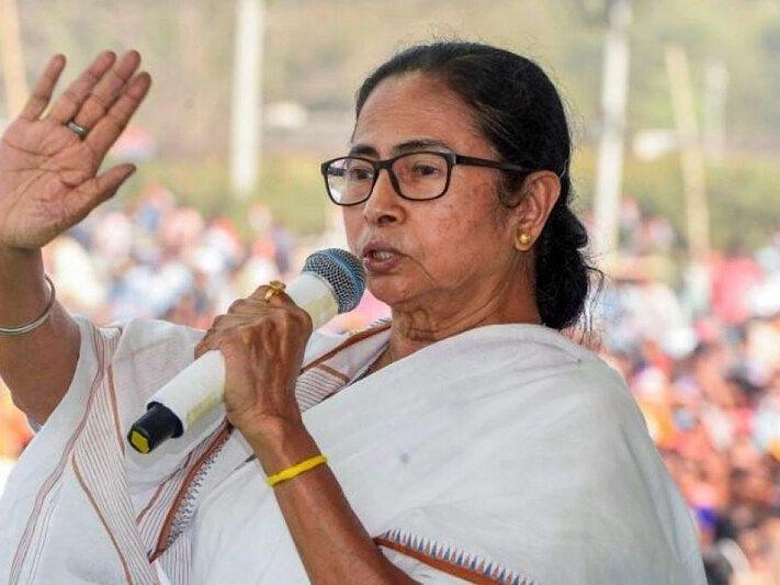 पश्चिम बंगाल: सीएम ममता बनर्जी किया एलान, राज्य में खोले जाएंगे 9 वीं से 12 वीं तक के स्कूल