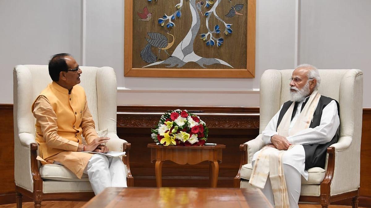 मध्य प्रदेश सीएम शिवराज सिंह चौहान ने की प्रधानमंत्री नरेंद्र मोदी से मुलाकात, भोपाल आने का दिया निमंत्रण